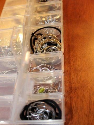 store jewelry