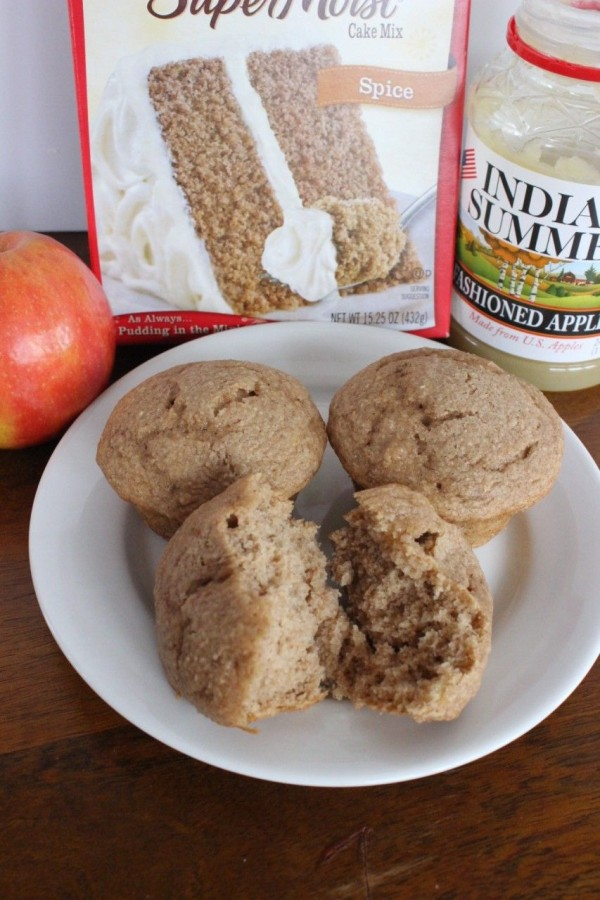 apple spice muffins - three ingredients
