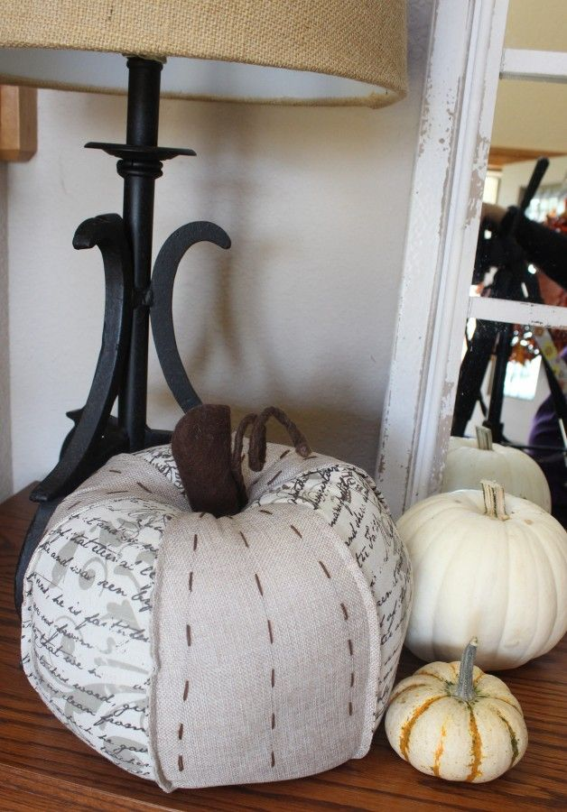 Fall decor. A more neutral look this year!