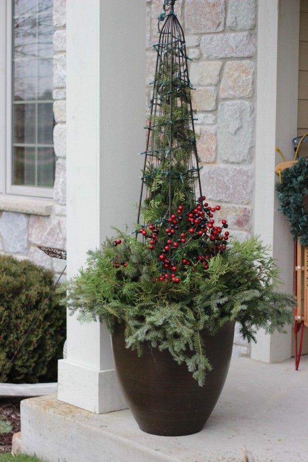 DIY Christmas Planter Momcrieff
