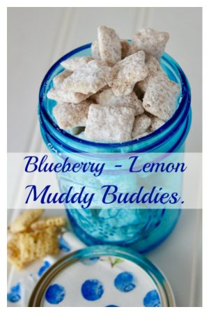 Blueberry lemon muddy buddies