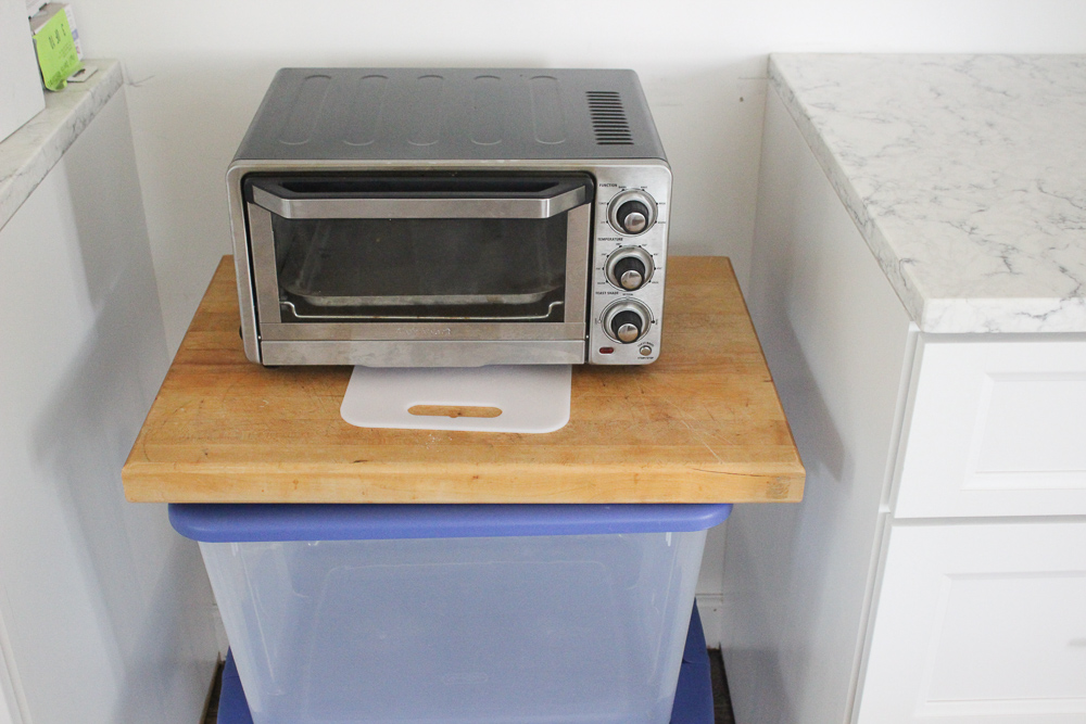 Toaster oven in the spot where the full sized oven should be.